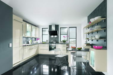 illya Kitchens