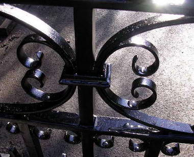 Peter Weldon Iron Designs